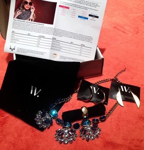 Inside my box Ashlee Necklace (RV $32.00) Carolynn Earrings (RV $16.00) Helga Ring Gold Size 8 (RV $16.00) Vernie Earrings Gold (RV$12.00)